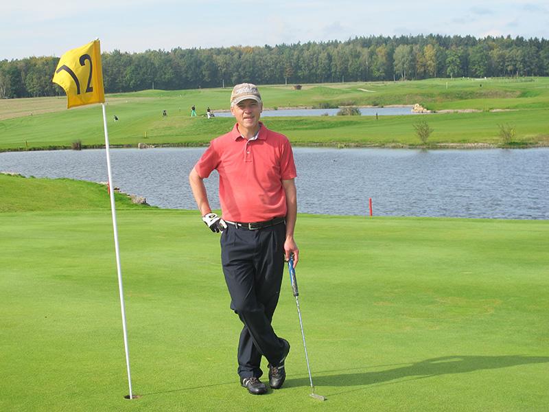 GolferStanding